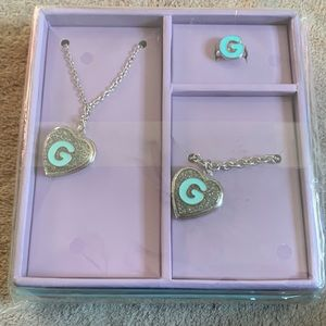 Justice Shaky Box Jewelry Set Locket Initial G
